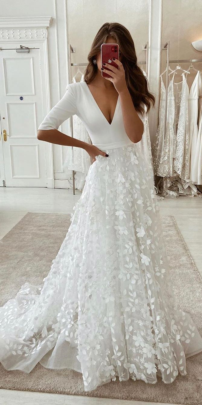 Top 100 Wedding Dresses From Etsy In 2020 Online Wedding Dress Cheap Lace Wedding Dresses Wedding Dress Trends