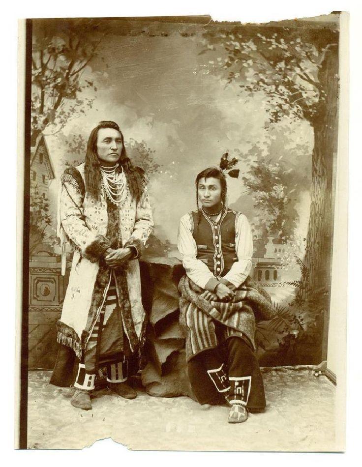 1890 Portrait of Native American Indian Men Beaded-Plateau??