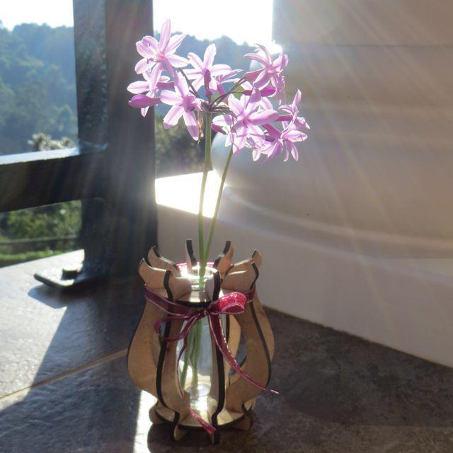 Bud Vase | Terrier Firma