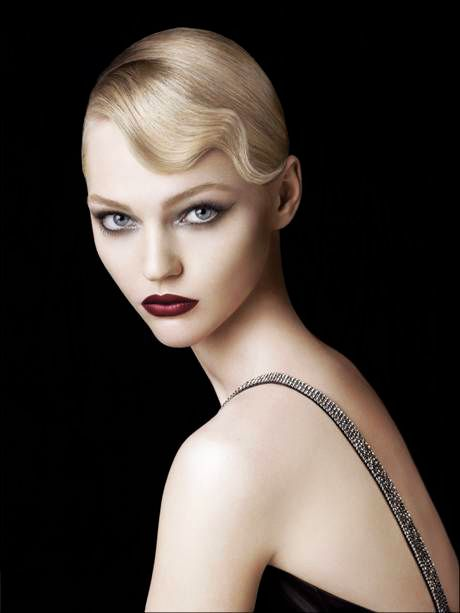 Glamour Girls...Sasha Pivovarova - great make-up and hair...beauty and cosmetics (makeup)