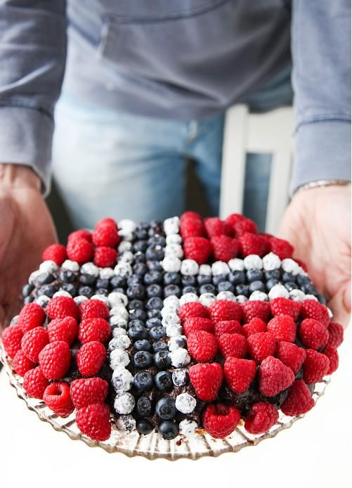 For ancestor dinner...a Norwegian Flag Cake!!