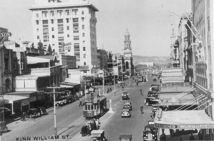 King William St,Adelaide in South Australia in 1950.
