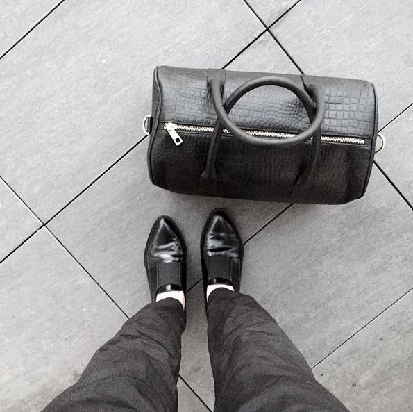 #ootd #duffle #leather #bag #black #melbournedesigner #luxe