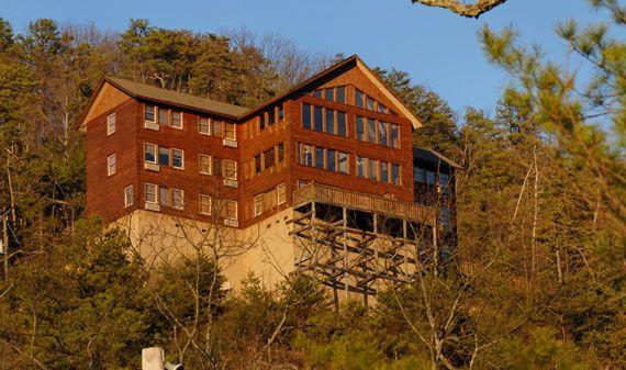 Plimpton Lodge Plimpton Lodge In Tn Www Cabinsforyou Com