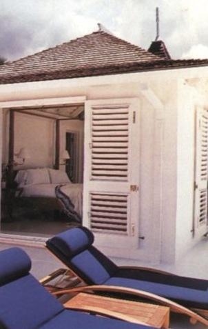 island pool house