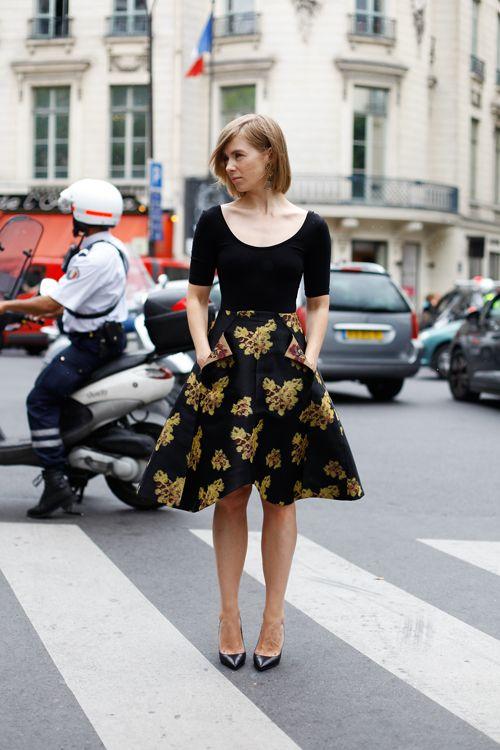 Girly #streetstyle: Black Ballet, Fashion Style, Black Fit, Lady Like Skirts, Black Gold, Black Tops, Black Floral
