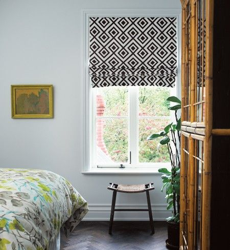 Love the roman blinds & the duvet is the same fabric I framed in our living room :)