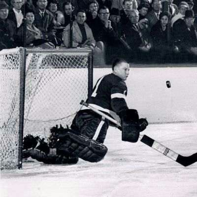 Hank Bassen was destined to serve as Terry Sawchuck's back-up during his time in Detroit.