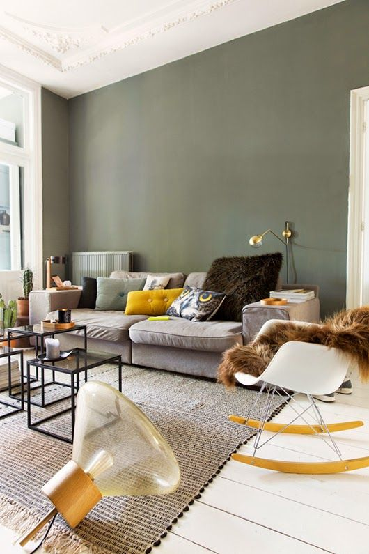 The best home decor inspirations using contemporary design with mid century modern influences! | see more inspiring images at http://www.delightfull.eu/en/inspirations/