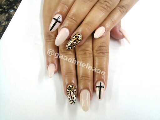 Almond Nail Design I did in class! - 301 Best Nails Images On Pinterest Make Up, Nail Ideas And Nailart