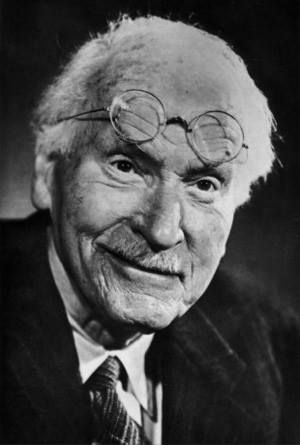 The shoe that fits one person pinches another; there is no recipe for living that suits all cases.- Carl Gustav Jung ある者にぴったりの靴は、他の者にとってはきつい。 人生において、全ての人間に適したレシピなどない ( カール・グスタフ・ユング)