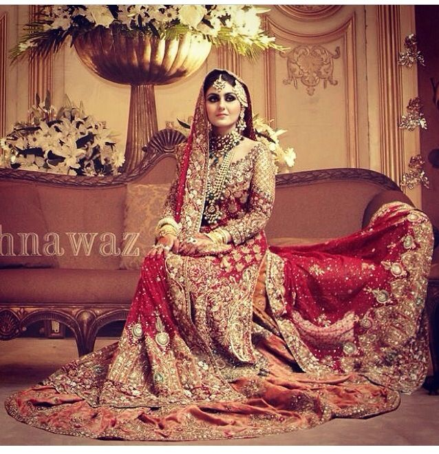 588 best bollywood style images on pinterest bollywood fashion i love this royal bridal dresslook pakistani wedding brides fandeluxe Ebook collections