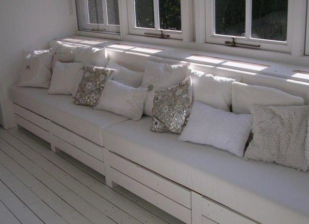 25 beste idee n over houten bank op pinterest tuinmeubilair sofa ontwerp en rustieke bank - Kussen voor ontlasting ...