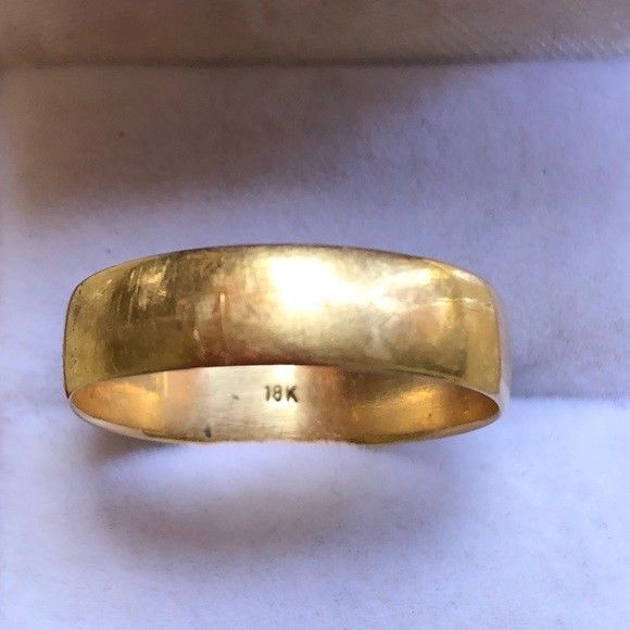 Men S Vintage 18k Solid Yellow Gold Wedding Band Ring Size 10 Ebay Size 10 Rings Yellow Gold Wedding Band Wedding Ring Bands