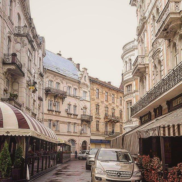 Lviv Ukraine photo: @bebekyavrum