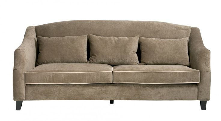 Диван Richard Sofa. Современный диван в американской стилистике 30-х годов. Каркас выполнен из массива сосны. По контуру декорирован контрастным кантом. Имеет 3 декоративные подушки.