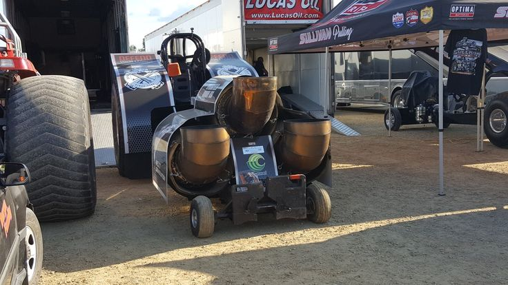 Pulling Truck Slipper Clutch : Best tractor pulling images on pinterest