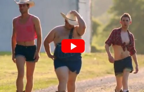 These Girls Wrote A Clever Song Making Fun Of How Women Are Portrayed In Every Country Music Video