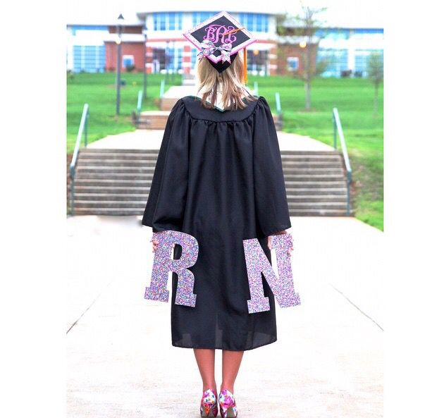 Cute nursing grad pic idea