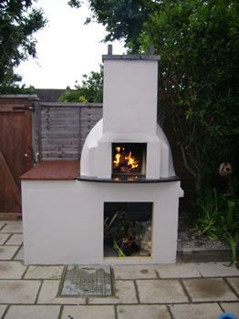 Step-by-step on how to build your own outdoor brick oven.