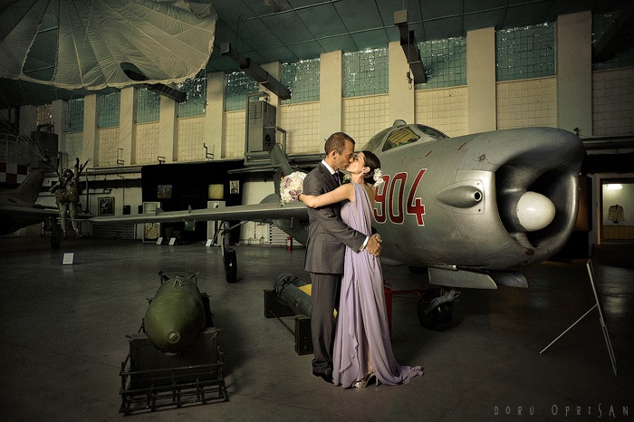 Aviation museum wedding shoot
