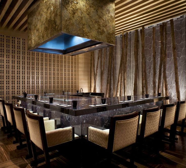 Teppanyaki Kitchen island with seating for all