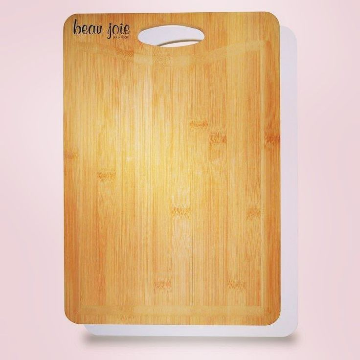 Your #brand will be #cooking with your #logo on this Best of Both Worlds Bamboo Plastic #Cutting #Board! #Bamboo side for carving #meat; plastic side for slicing poultry and #fish; Drip edge for carving station; Elegant design is a welcome addition to any chef's #kitchen.  Info: http://ift.tt/2E80rAQ