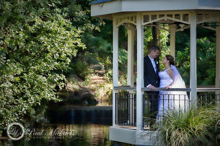 Wedding photography at Wellington Botanical Gardens. Wellington wedding venue. Photography by PaulMichaels http://www.paulmichaels.co.nz/