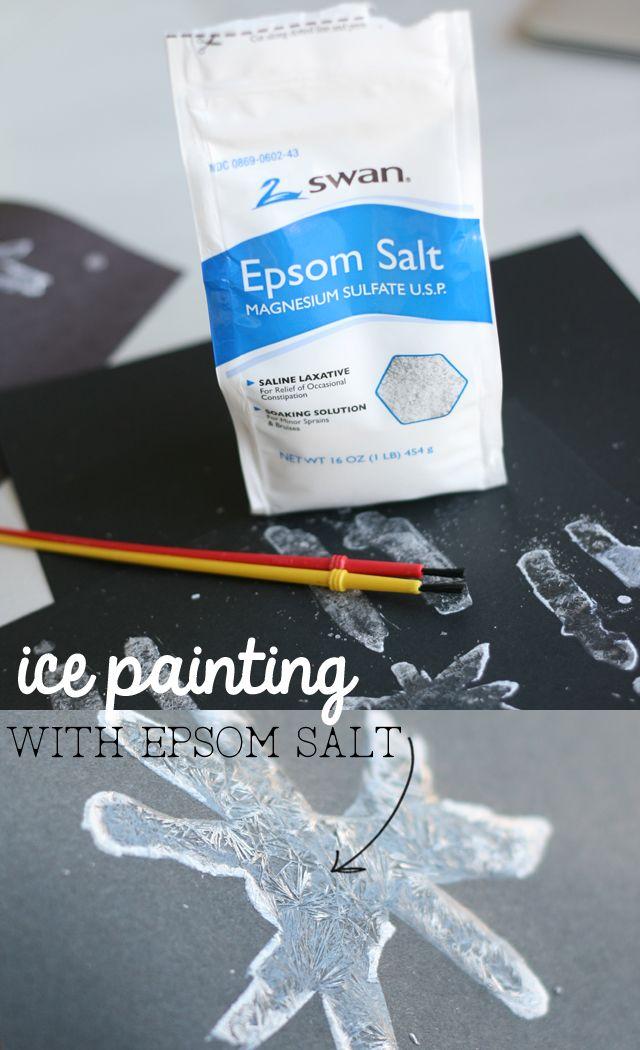 Peinture de glace trop chouette et facile à faire!! en part égale: sel d'epsom et de l'eau très très chaude. On peinture avec ça et on laisse sécher et ça se crystalise!