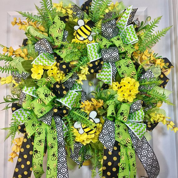 Yellow and Green Greenery Summer and Bumble Bee Mesh Door