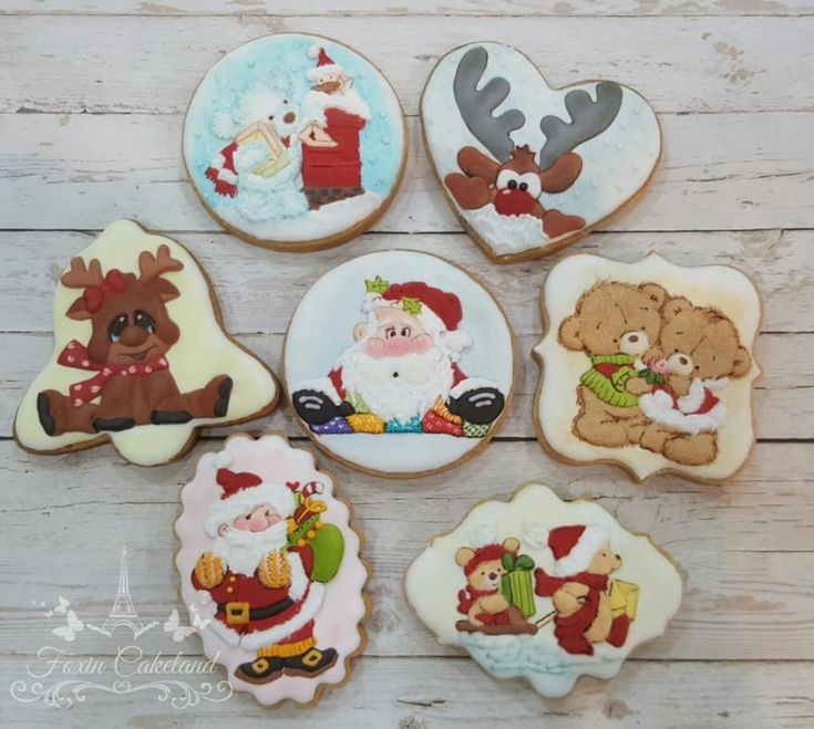 Christmas Relief Cookie by Foxin Cakeland
