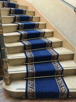 46 best images about tapis d 39 escaliers et de passage stair carpet runners and carpet runners. Black Bedroom Furniture Sets. Home Design Ideas