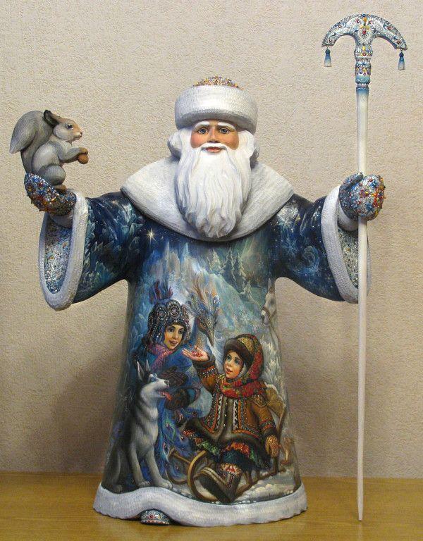 роспись деревянной фигуры Деда Мороза. Автор: Вита Игуменова.