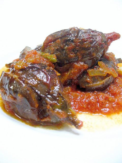 İMAMBAYILDI (Baby Eggplants with Olive Oil)