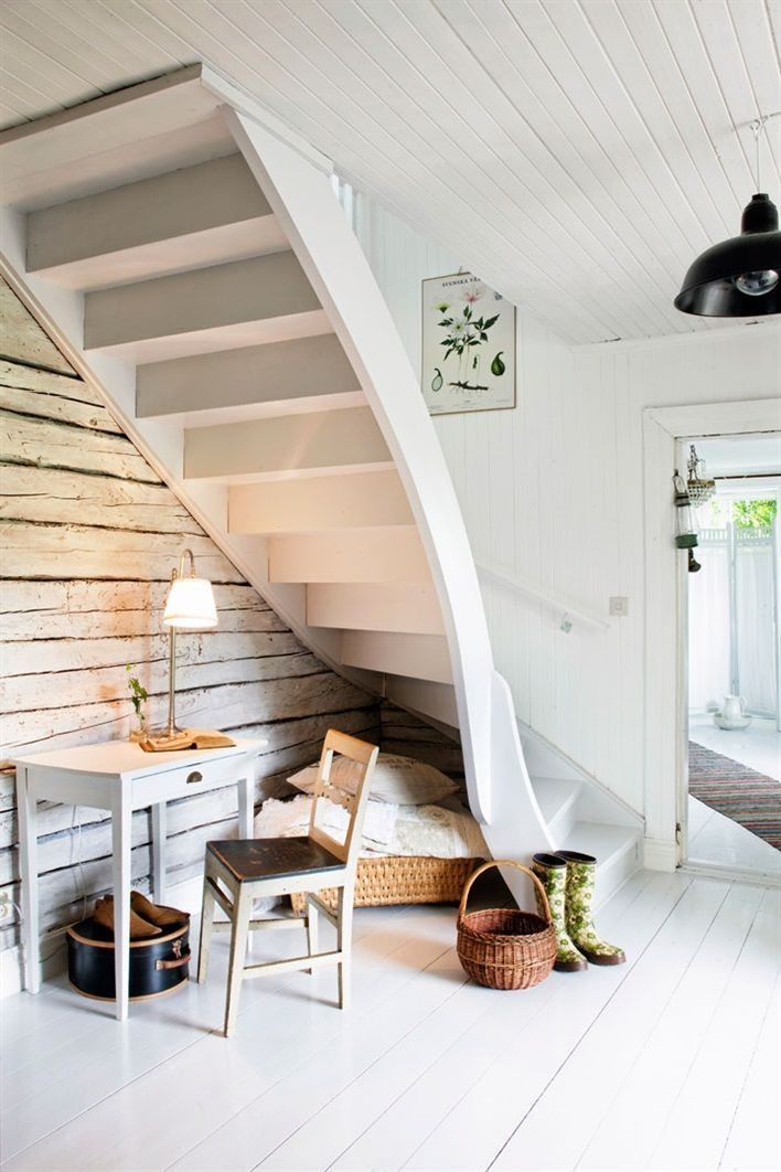 Best Stairs For Small Spaces Lake Stuff Pinterest 400 x 300