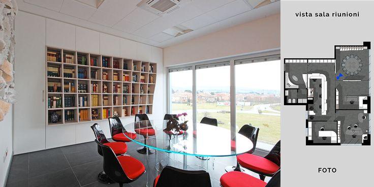 L'arredo di uno studio professionale di avvocati diventa occasione di architettura d'interni su misura. Il design di JFD incontra l'arte di Stefania Vichi.