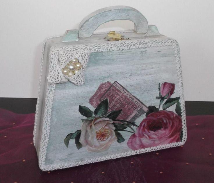 wood handbag | ΧΕΙΡΟΠΟΙΗΤΑ ΚΟΣΜΗΜΑΤΑ | ΛΙΑΝΙΚΗ | ΧΟΝΔΡΙΚΗ | GiannasArt.gr