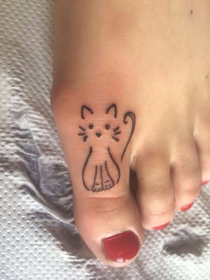 25+> Women Tattoo – Small Cat Tattoo …> Cat Tattoo