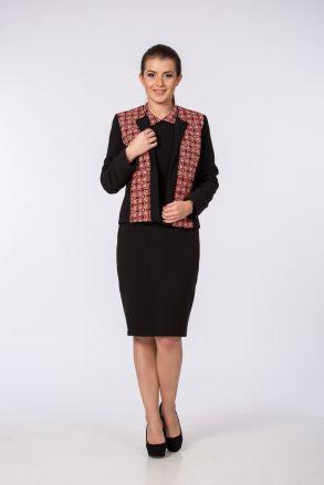 Sacou negru cu imprimeu elegant și o croială accesibilă care avantajează orice talie. www.dames.ro