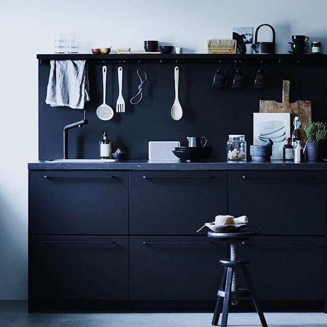 Pretty nice kitchen, right? It's from IKEA you guys! The new Kungsbacka cabinets in matte black are finally available in North America - A good contender for my upcoming remodel! Photo: @ragnaromarsson for IKEA Livet hemma / Styling: @pellahedeby