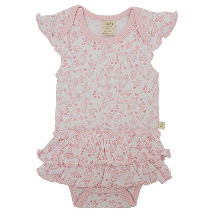 Made from super soft 100% Organic Cotton this pretty pink blossom onesie will be a welcomed addition to any little girl's wardrobe.