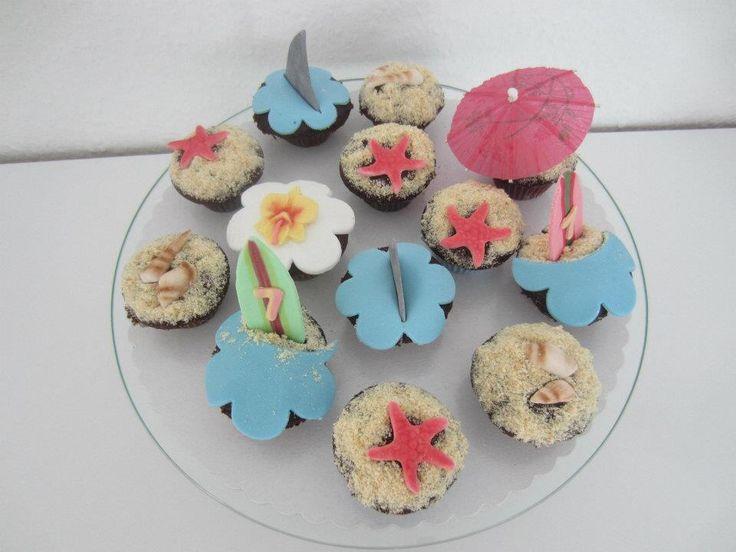 Hawaii Cupcakes! www.facebook.com/beyondcupcakesbeyondcupcakes