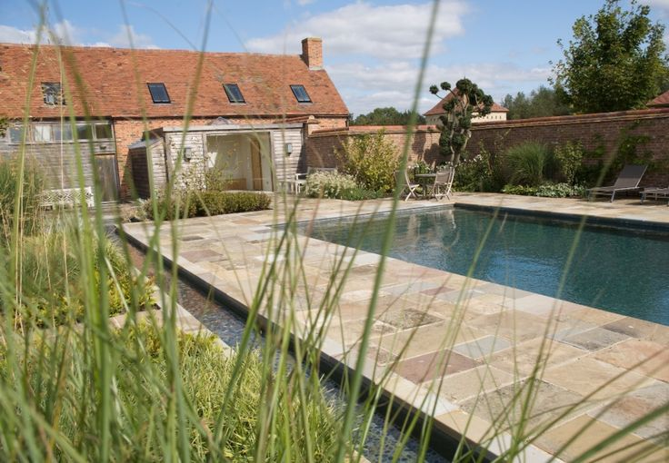 Oxfordshire Outdoor Swimming Pool