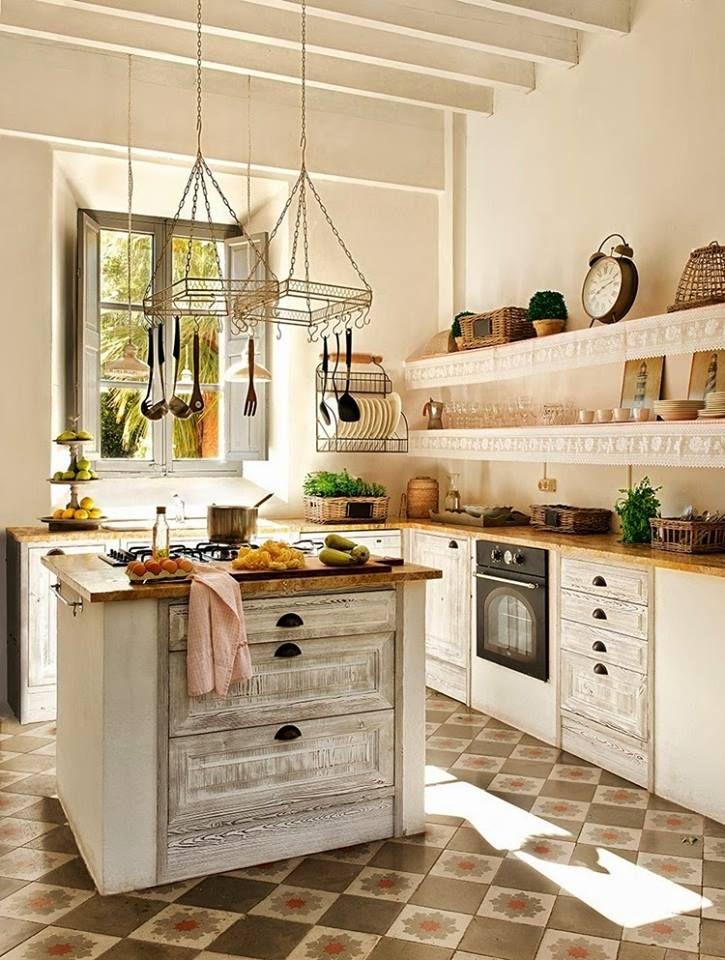 """""""A vidéki otthon"""": Egy igazán otthonos házikó francia vidéki stílusban.."""