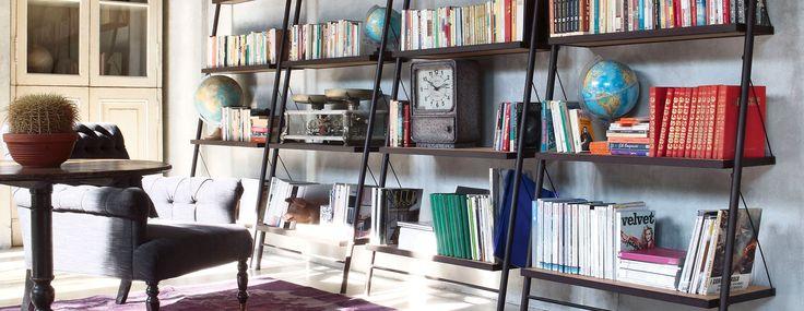 Mobile libreria in legno e metallo