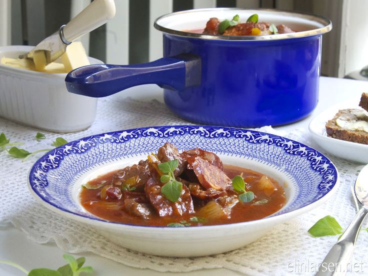 Hot chipotlesoup with pork and chorizo | Elin LarsenElin Larsen