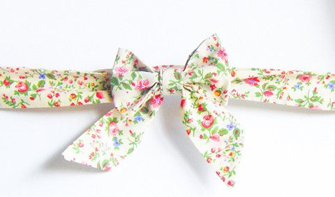 Peaches and Cream Floral - Handmade Sailor Tie