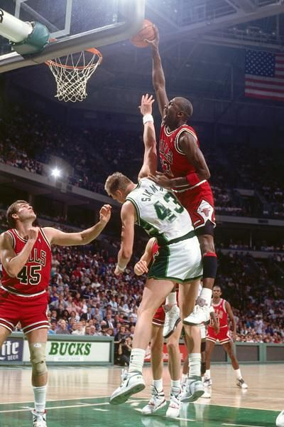 Jordan dunk wearing AJ 5 | Basketball Legends | Pinterest ...