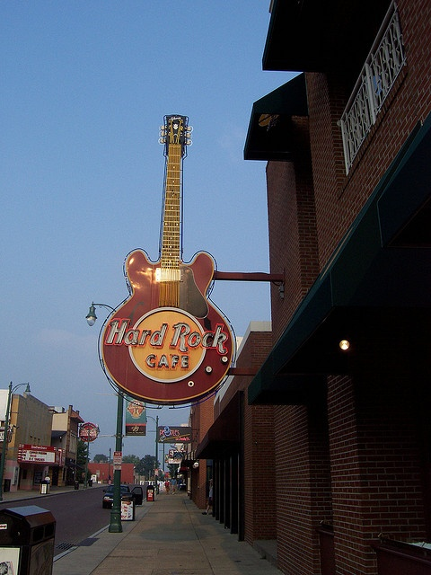 Hard Rock Cafe, Memphis, TN. Been here 1,000 times, and I LOVE it!