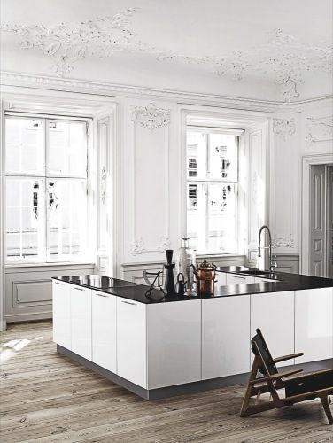 scandinavian kitchen, white - via Bolig magasinet